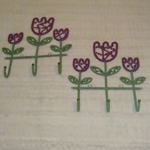 Beaded Tulip Wall Hooks